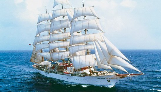 Парусная яхта Sea Cloud
